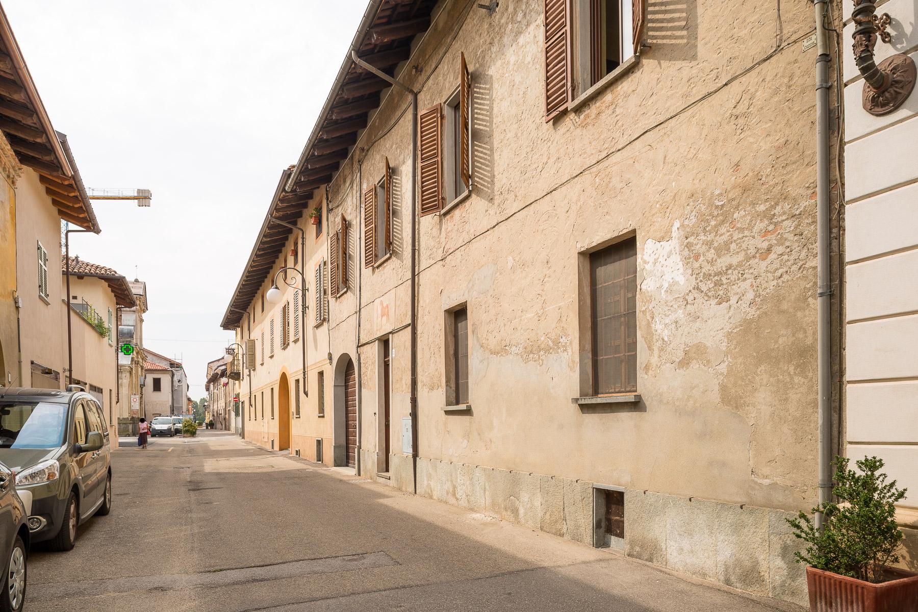 Appartamento in Vendita a Cherasco: 5 locali, 230 mq