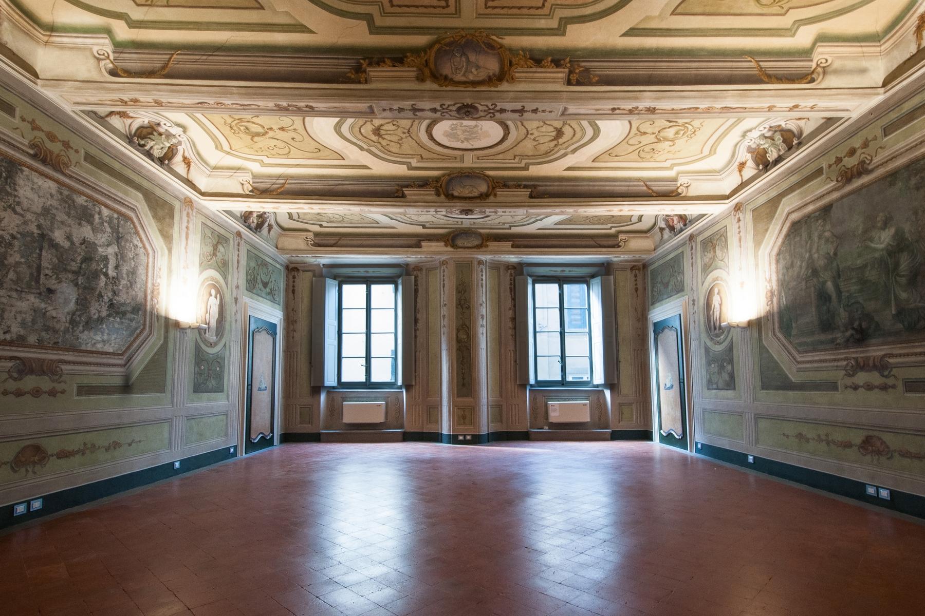 Appartamento in Affitto a Lucca via santa croce