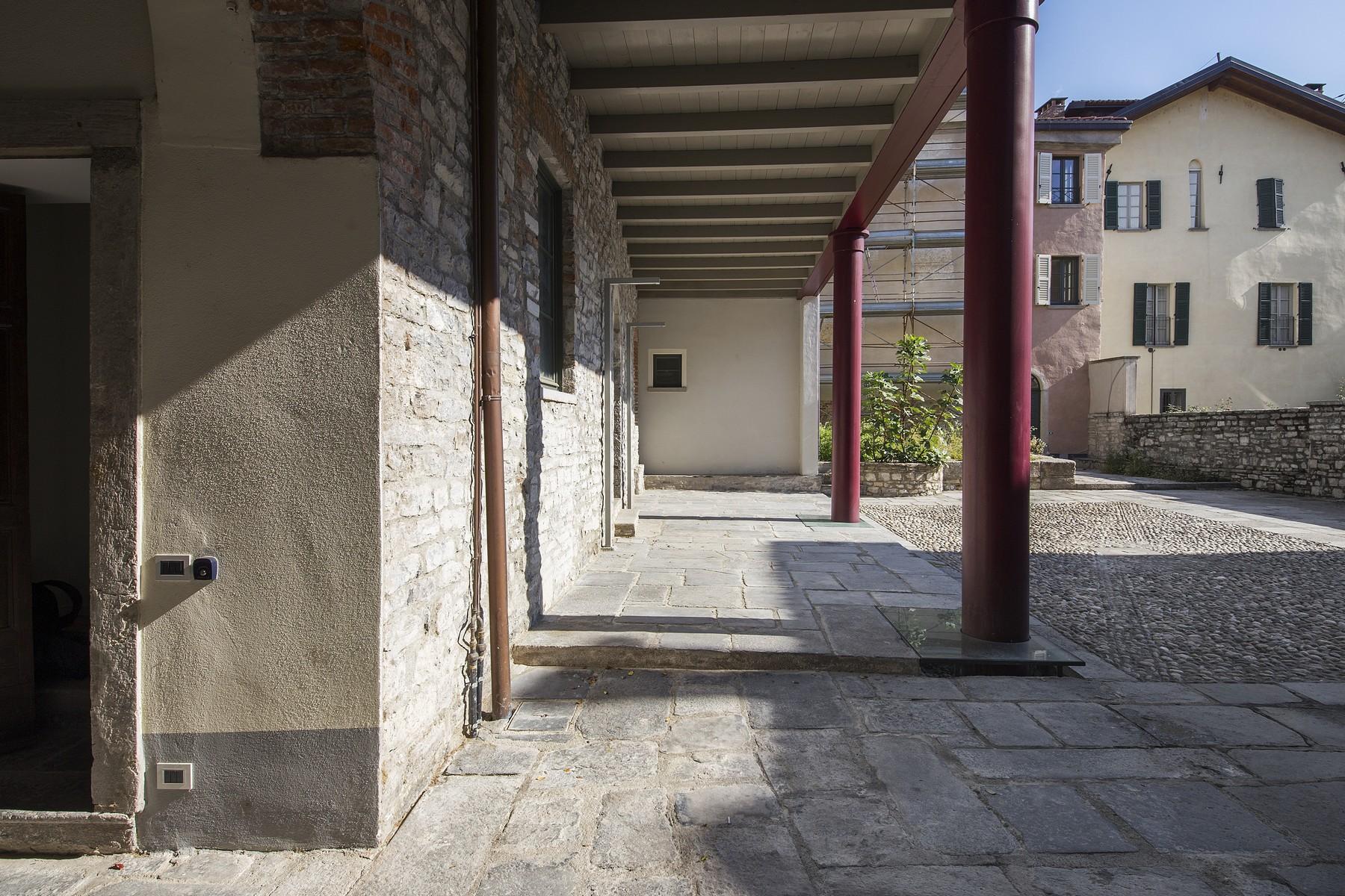 Appartamento in Affitto a Como: 5 locali, 140 mq - Foto 7