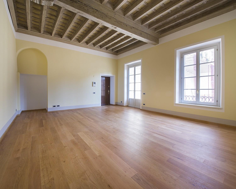 Appartamento in Affitto a Como: 5 locali, 140 mq - Foto 2