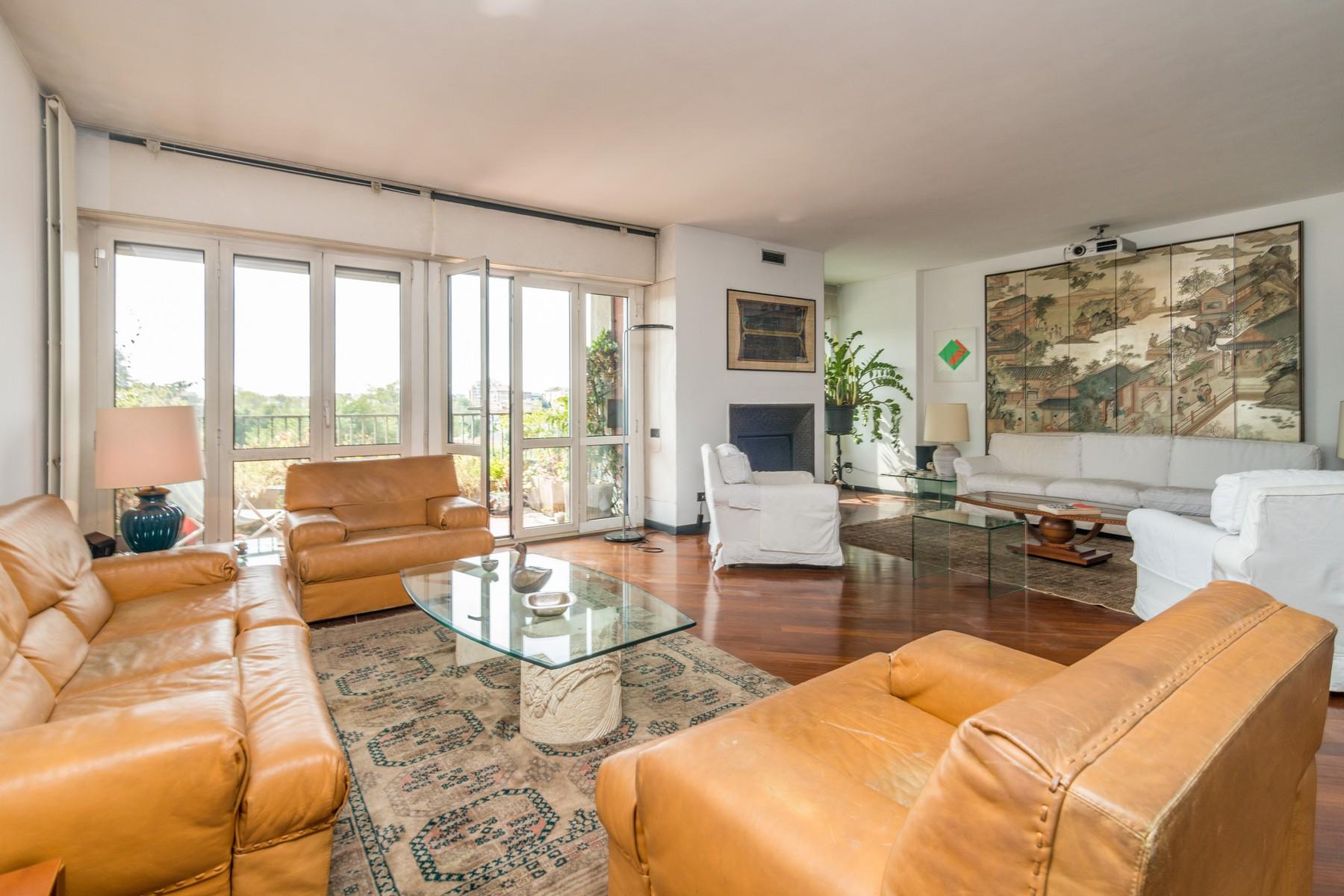 Appartamento di lusso in vendita a milano via angelo carlo for Foto di appartamenti ristrutturati