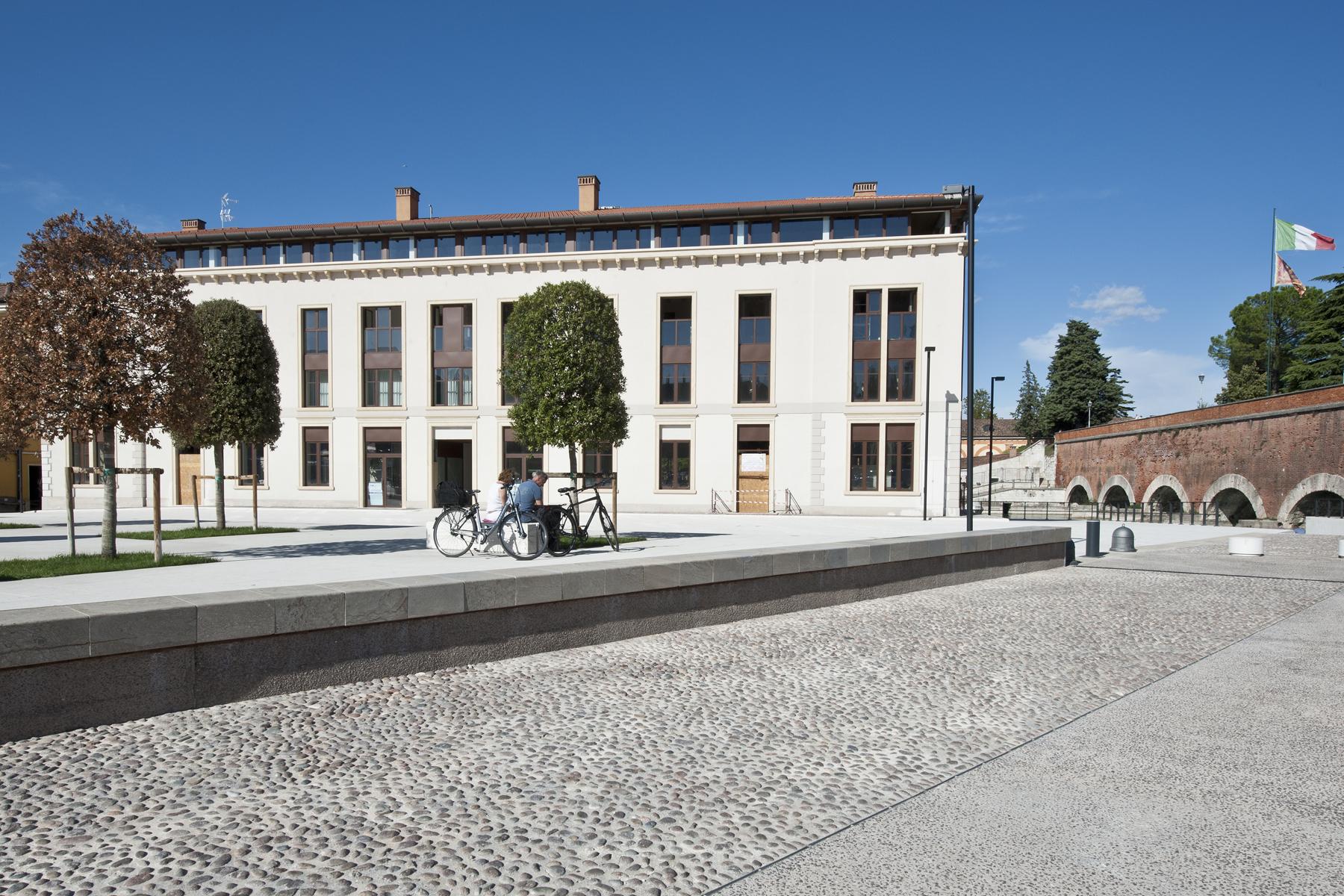 Attico in Vendita a Peschiera Del Garda: 5 locali, 165 mq - Foto 4