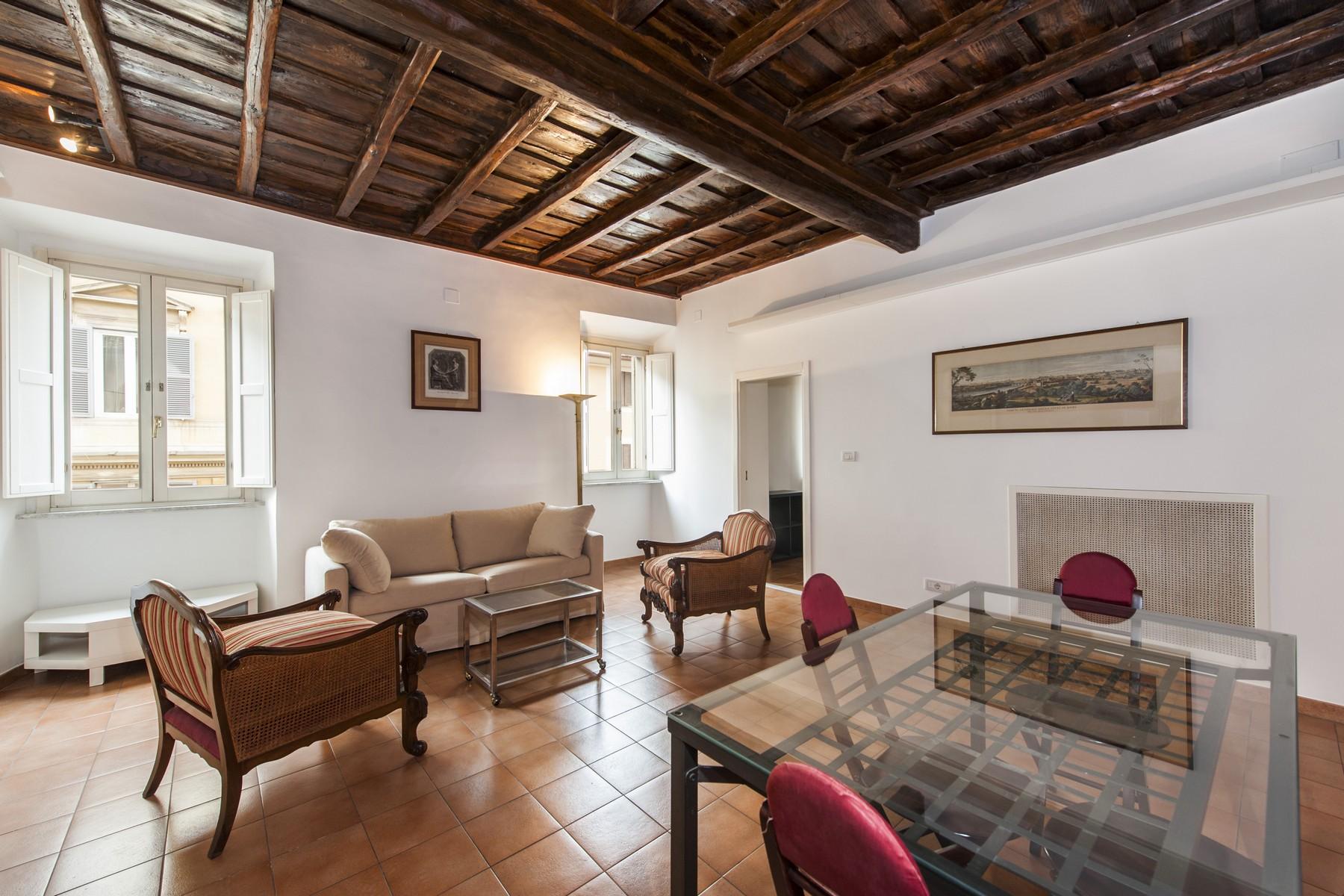 Appartamento in Affitto a Roma via di san giovanni in laterano