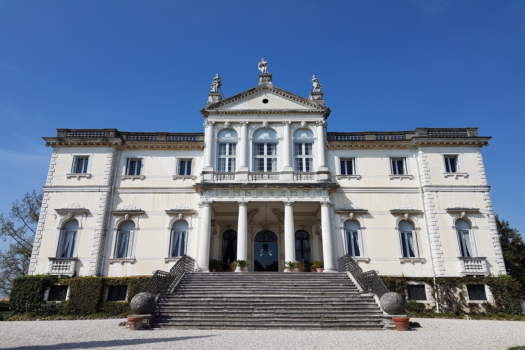 Villa in Vendita a Conegliano via delle ginestre