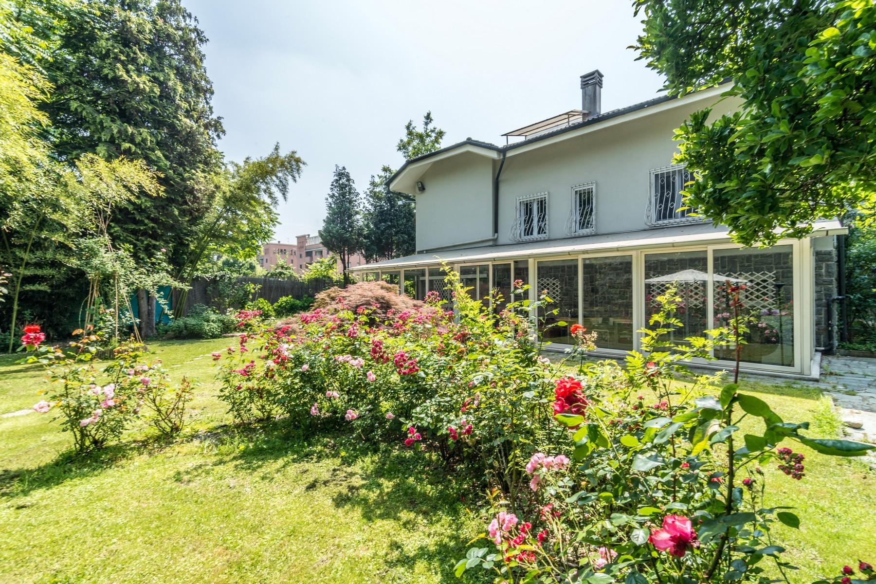 Villa in Vendita a Milano via benedetto diotti