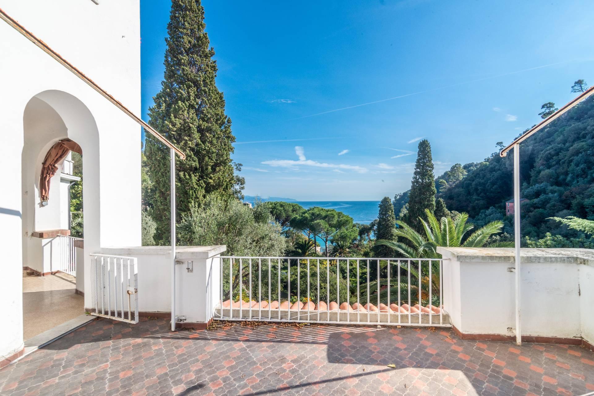 Appartamento in Vendita a Santa Margherita Ligure: 5 locali, 230 mq