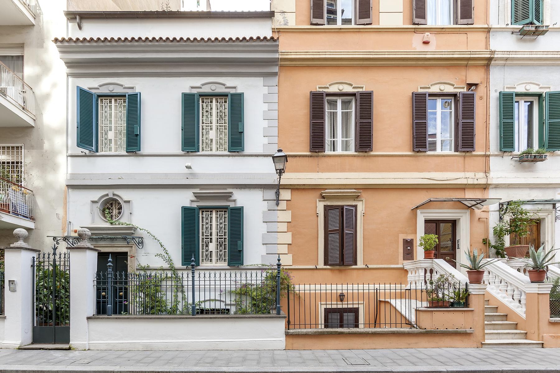 Casa indipendente di lusso in vendita a roma via viale del for Case in vendita roma