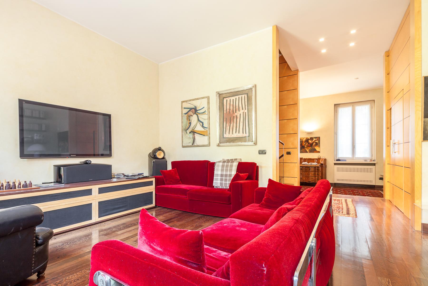 Villa di lusso in vendita a Milano Via Plauto - TrovoCasa ...