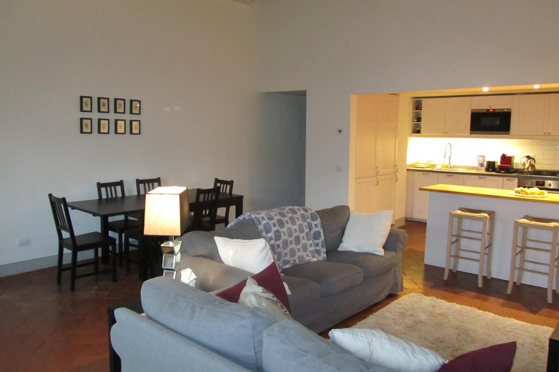Appartamento in Affitto a Firenze Centro: 5 locali, 90 mq