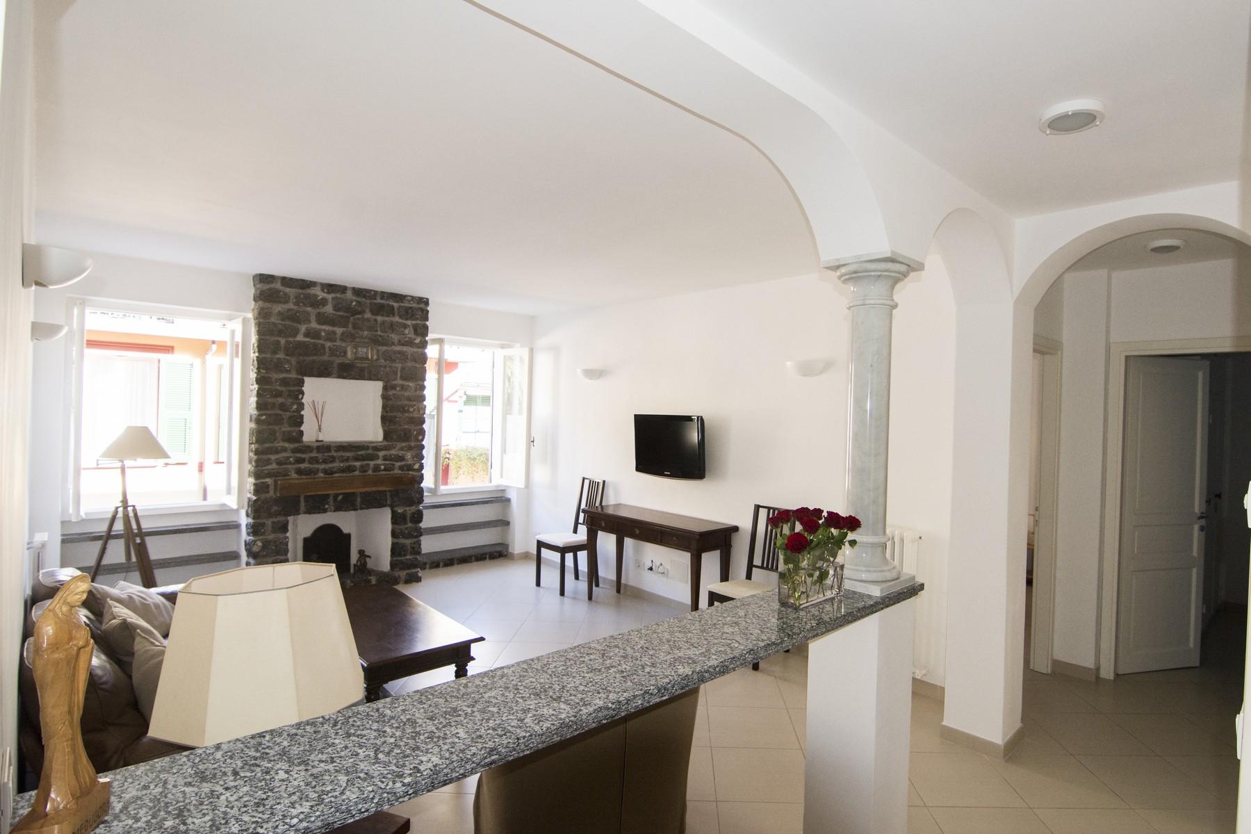 Appartamento in Vendita a Portofino: 5 locali, 82 mq