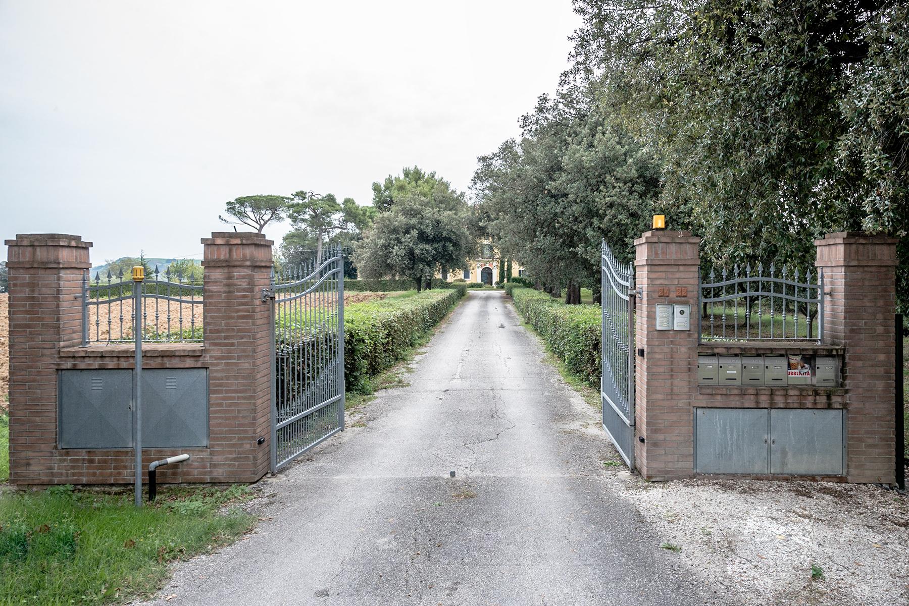 Villa in Vendita a Mondolfo: 5 locali, 240 mq - Foto 4