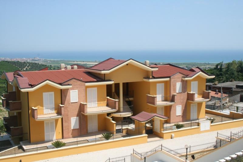 Appartamento vendita COLONNELLA (TE) - 3 LOCALI - 68 MQ