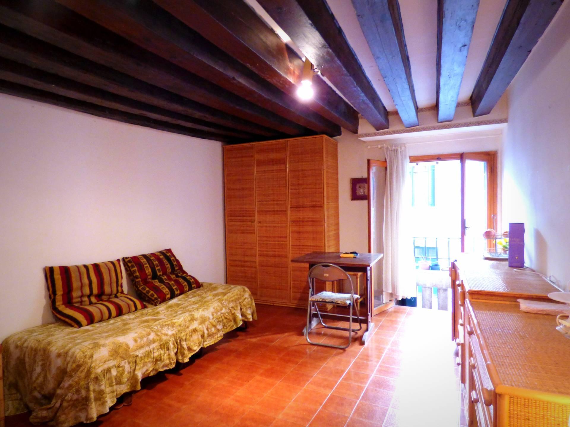 Appartamento in vendita a Venezia, 4 locali, zona Zona: 4 . Castello, prezzo € 320.000 | Cambio Casa.it