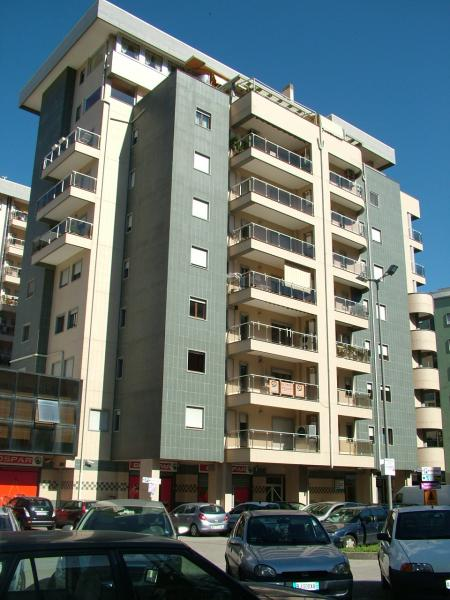 Appartamento affitto COSENZA (CS) - 5 LOCALI - 118 MQ