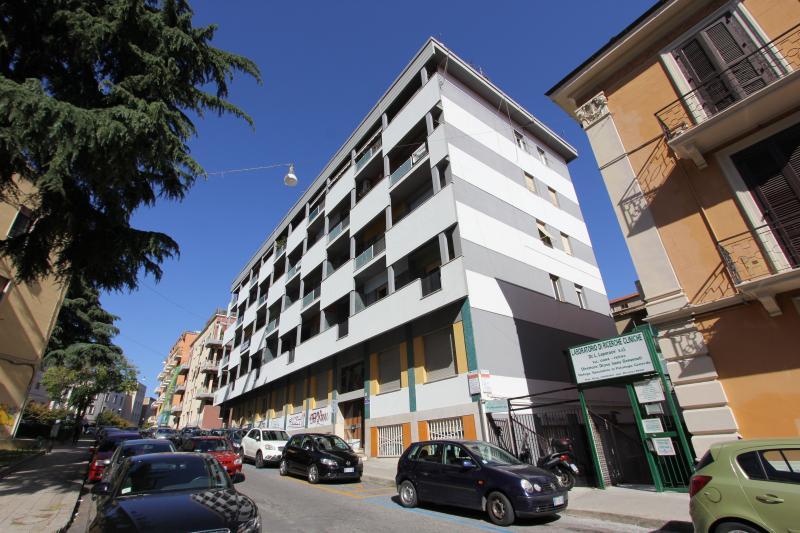 Appartamento vendita COSENZA (CS) - 7 LOCALI - 250 MQ
