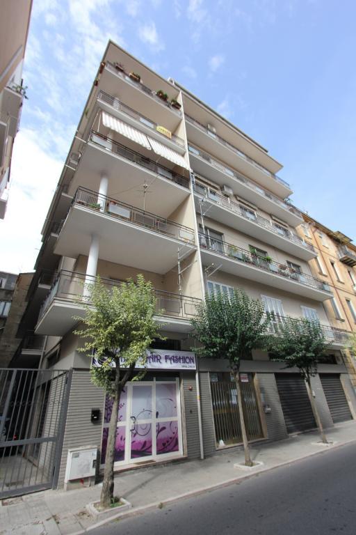 Appartamento vendita COSENZA (CS) - 5 LOCALI - 135 MQ - foto 2