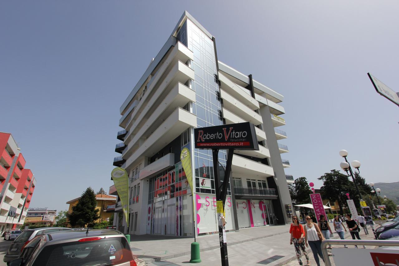 Appartamento affitto Rende (CS) - 3 LOCALI - 75 MQ
