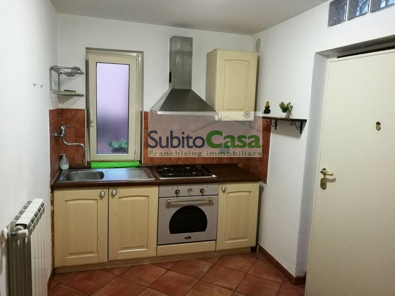 Bilocale Pescara Via Ciro Menotti 2