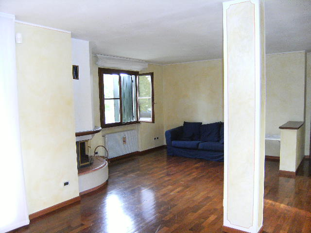 Appartamento in vendita a Fiume Veneto, 7 locali, zona Zona: Bannia, prezzo € 198.000 | Cambio Casa.it