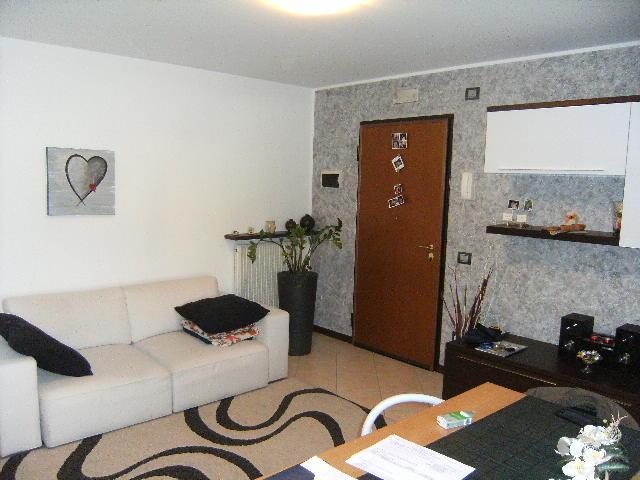 Appartamento in vendita a Cordenons, 2 locali, prezzo € 73.000   Cambio Casa.it