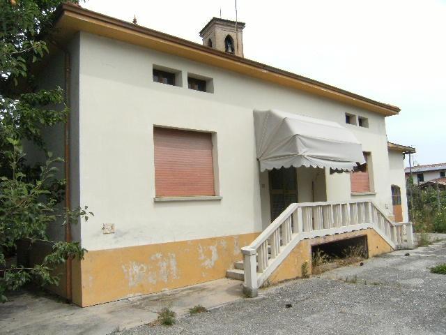 Soluzione Indipendente in vendita a Cordenons, 5 locali, prezzo € 125.000 | Cambio Casa.it