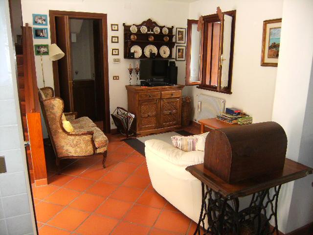 Soluzione Semindipendente in vendita a Valvasone Arzene, 5 locali, Trattative riservate | Cambio Casa.it