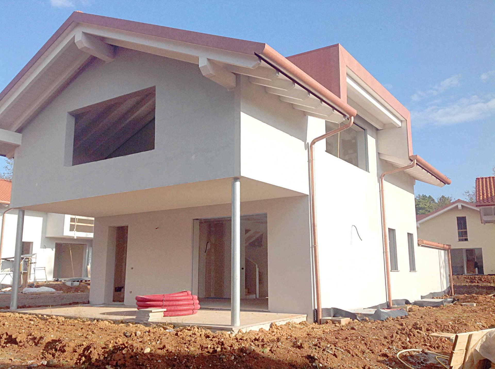 Villa in vendita a Tradate, 4 locali, Trattative riservate | Cambio Casa.it