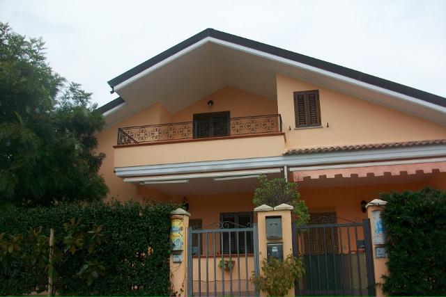 Appartamento in vendita a Cropani, 3 locali, zona Località: CropaniMarina, prezzo € 99.000 | CambioCasa.it