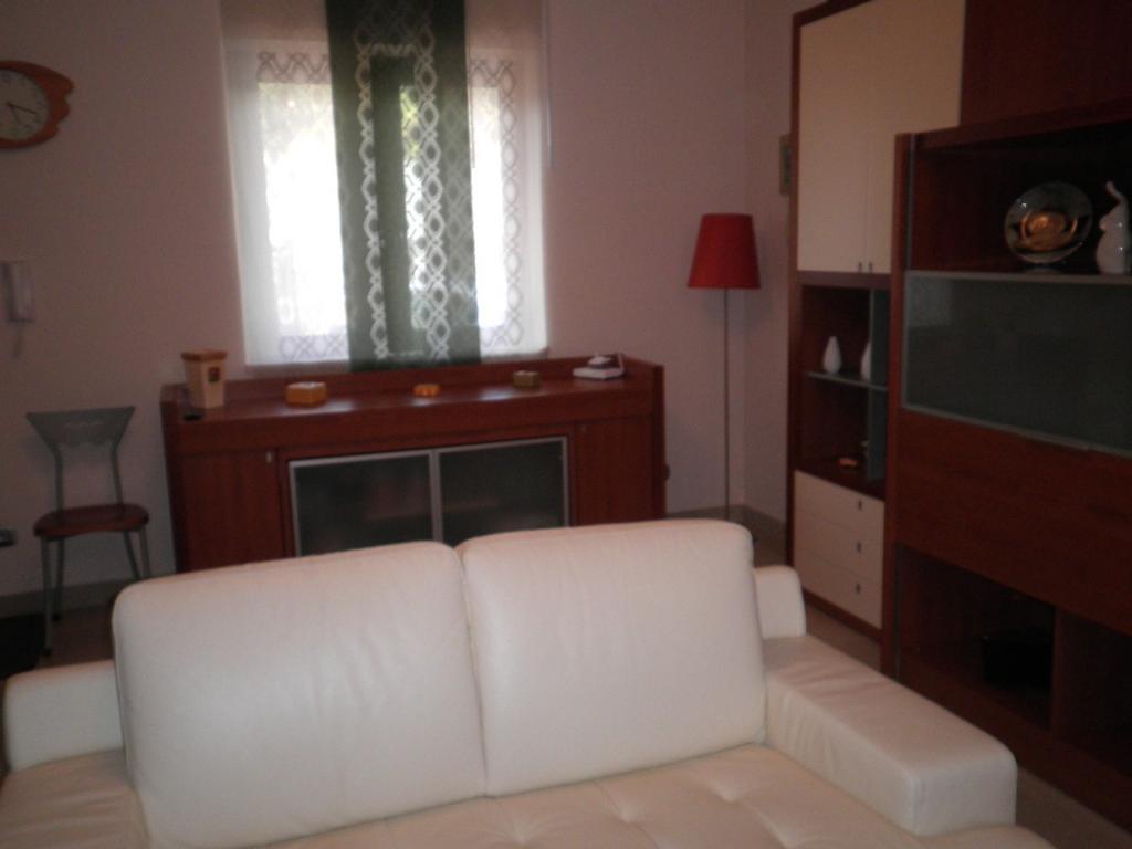 Villa in vendita a Sellia Marina, 4 locali, prezzo € 195.000 | CambioCasa.it