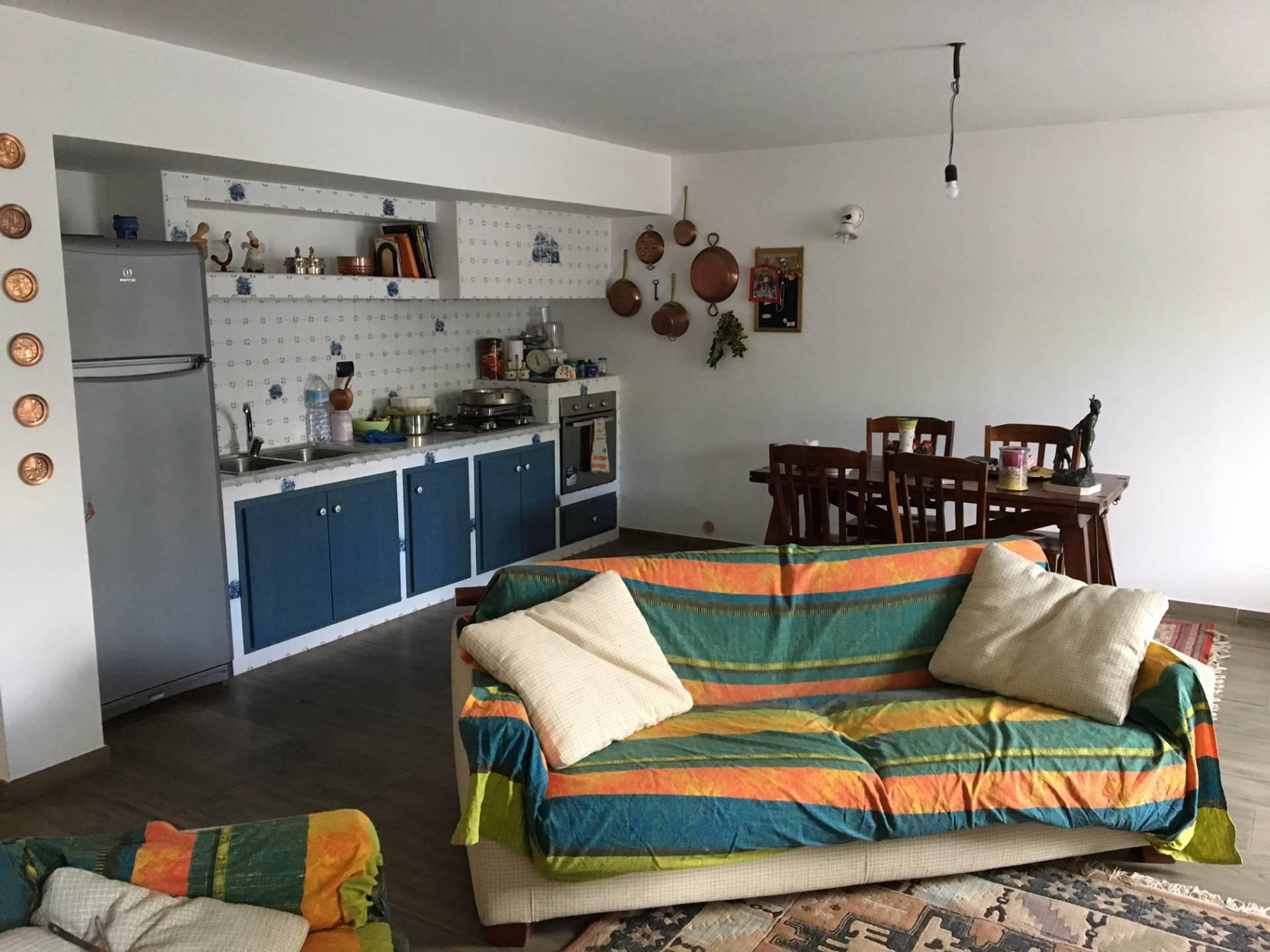Vendesi Villa a Catanzaro