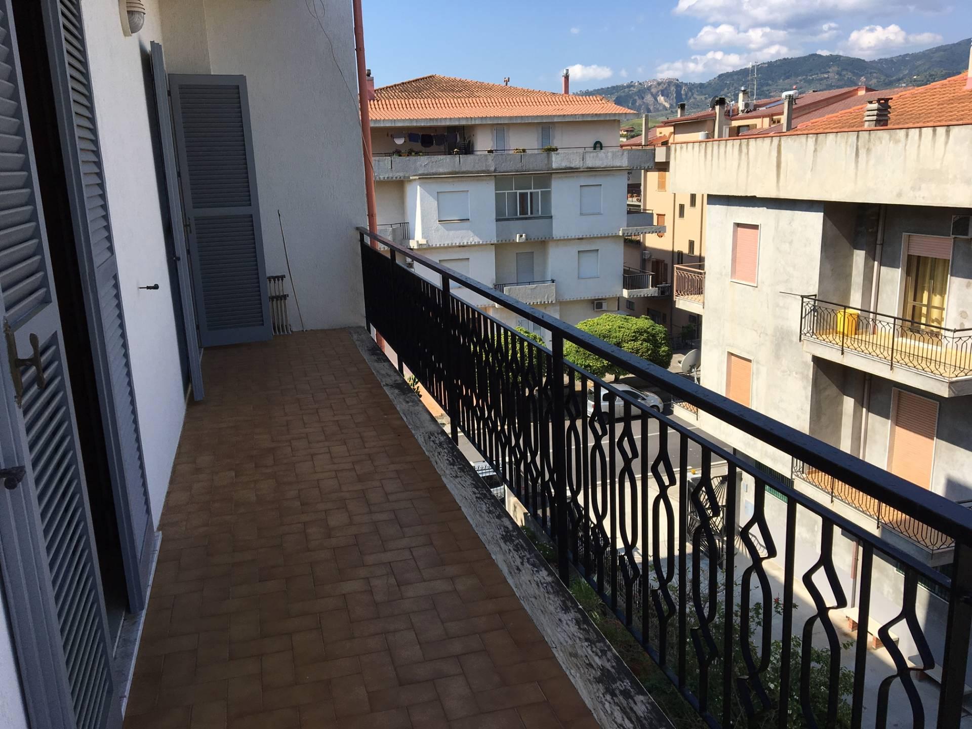 Appartamento in vendita a Badolato, 3 locali, zona Località: BadolatoMarina, prezzo € 80.000 | CambioCasa.it