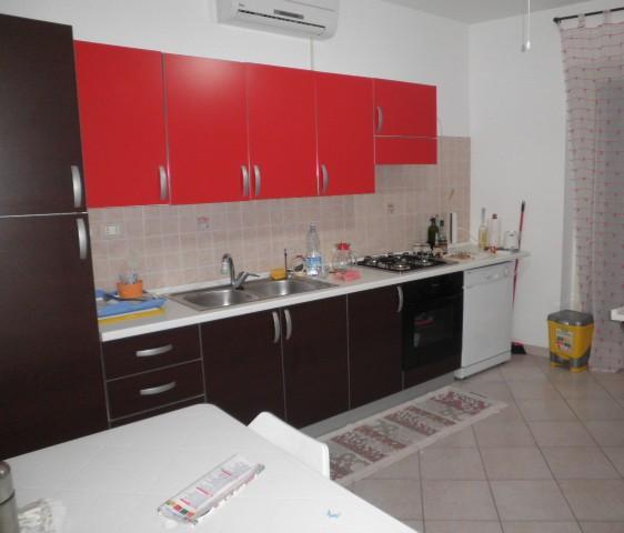 Appartamento in affitto a Montepaone, 3 locali, zona Località: MontepaoneLido, prezzo € 400 | CambioCasa.it