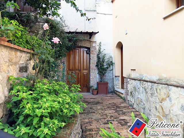 Bilocale Monte San Biagio Via Roma 3