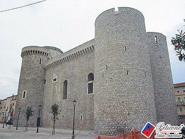 Bilocale Fondi Viale Regina Margherita 10