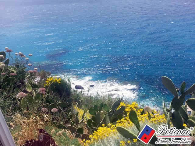 Bilocale Ponza Via Guarini 9