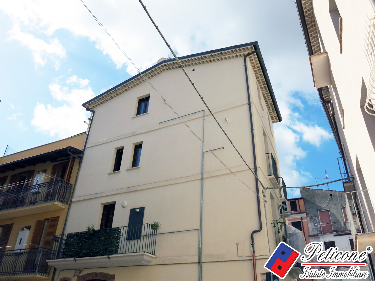 Bilocale Fondi Via Cesare Augusto 1