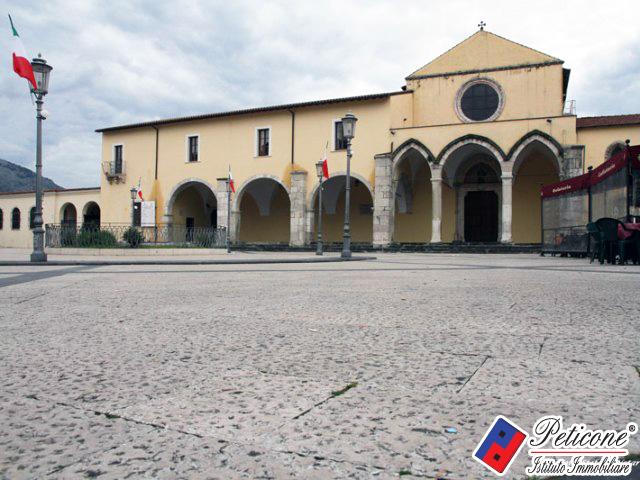 Bilocale Fondi Via Silvio Pellico 10