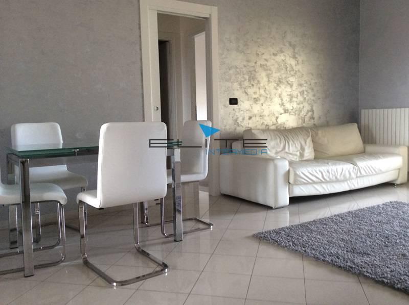 Attico / Mansarda in vendita a Montesilvano, 4 locali, zona Località: Centro, prezzo € 159.000 | Cambio Casa.it