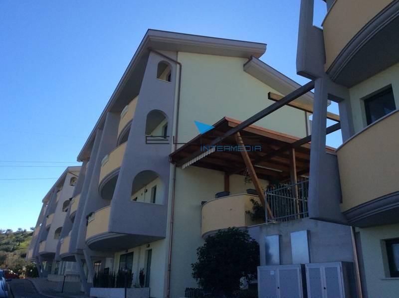 Villa a Schiera in Vendita a Cappelle sul Tavo