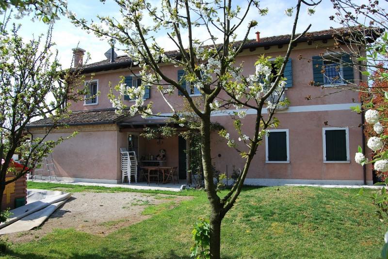 Villa in vendita a Villorba, 9 locali, prezzo € 450.000   Cambio Casa.it