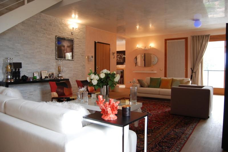 Appartamento in vendita a Vedelago, 5 locali, prezzo € 350.000 | CambioCasa.it