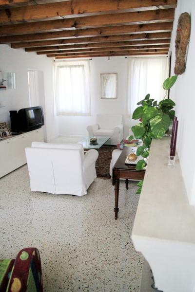 Villa in vendita a Paese, 10 locali, zona Zona: Castagnole, prezzo € 900.000 | CambioCasa.it