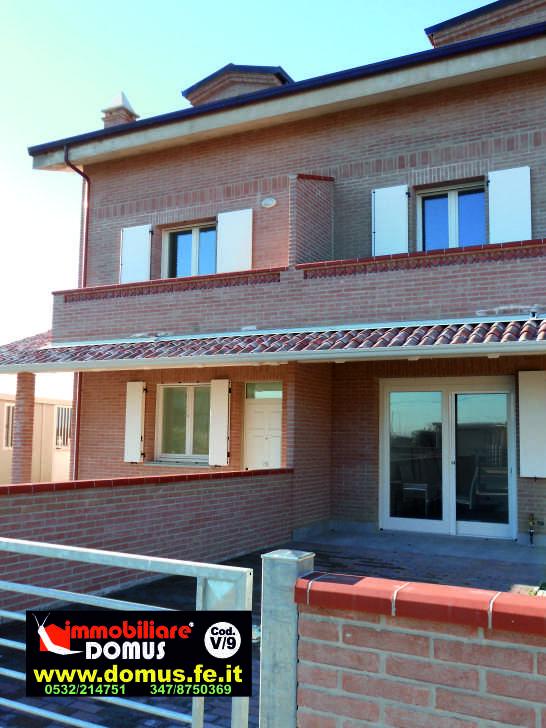 Villa in vendita a Vigarano Mainarda, 6 locali, zona Località: TraPorottoeVigaranoM., prezzo € 245.000 | Cambio Casa.it