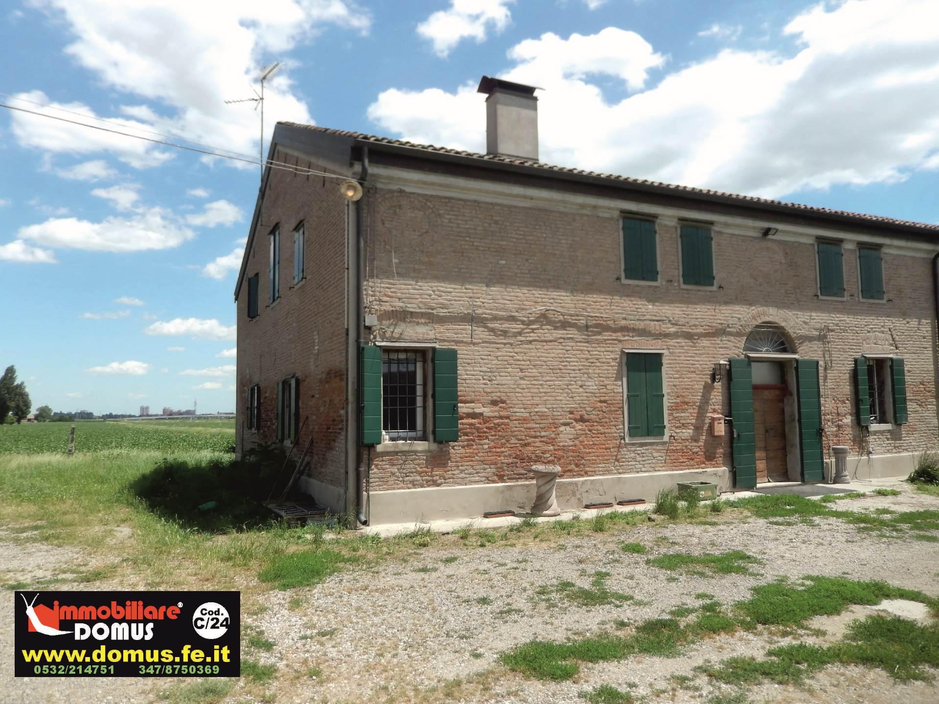 Rustico / Casale in vendita a Ferrara, 8 locali, prezzo € 148.000 | Cambio Casa.it