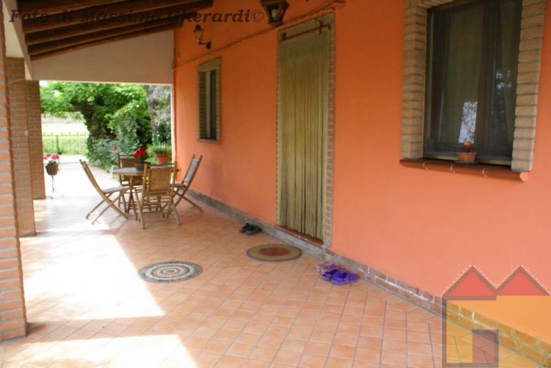 Soluzione Indipendente in vendita a Ostellato, 10 locali, prezzo € 230.000 | Cambio Casa.it