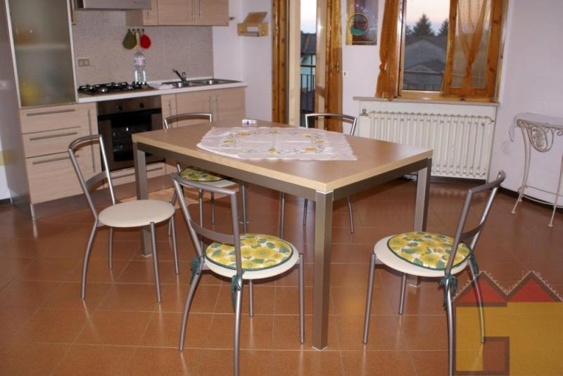 Appartamento in vendita a Berra, 4 locali, zona Località: Centropaese, prezzo € 40.000 | Cambio Casa.it
