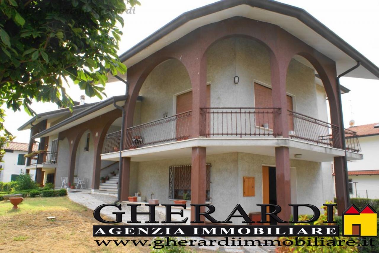 Soluzione Indipendente in vendita a Formignana, 15 locali, zona Località: Centropaese, prezzo € 280.000 | Cambio Casa.it