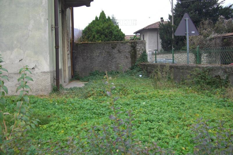 Soluzione Indipendente in vendita a Olginate, 6 locali, prezzo € 130.000 | CambioCasa.it