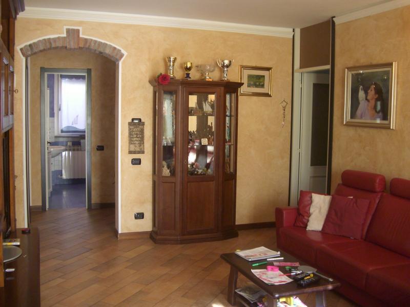 Villa in vendita a Valmadrera, 4 locali, prezzo € 480.000 | Cambio Casa.it
