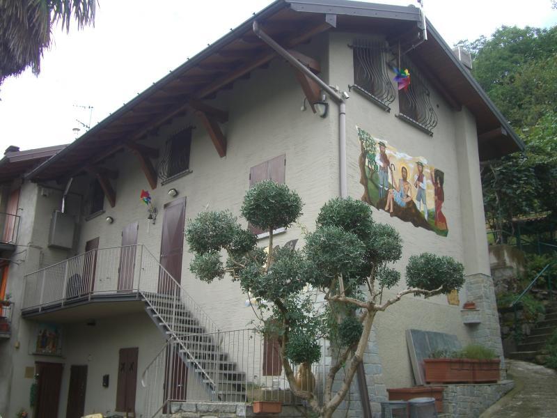 Soluzione Indipendente in vendita a Olginate, 4 locali, prezzo € 165.000 | CambioCasa.it